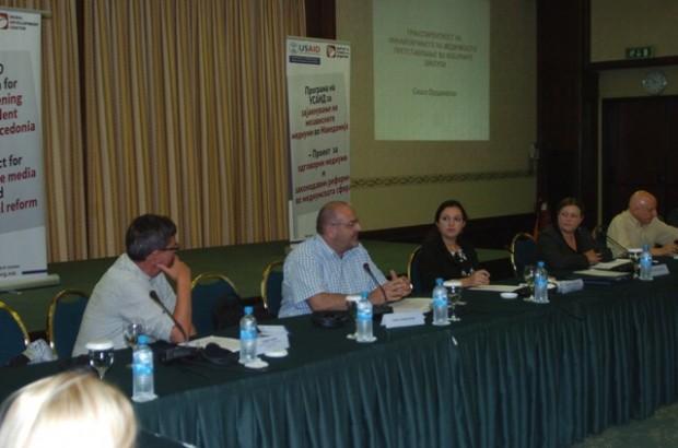 Панелистите на дебата Медиумите во изборното законодавство