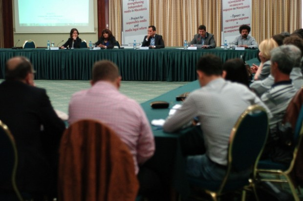(Македонски) OneWorldSEE: На Македонија не и треба закон за медиуми